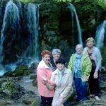 27.5.2017 Po stopách gréckokatolíckych kostolov so skupinou Rusínov skupina z Denného centra navštívila kostolíky v Belži, Períne, Chorvátoch, Hačave a zastavili sa aj pri Hájskych vodopádoch.