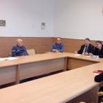 S cieľom skvalitniť infraštruktúru Starého Mesta a pružnejšie riešiť problémy a nedostatky v oblasti osvetlenia, zelene, či mestských komunikácii sa v utorok a stredu stretlo vedenie staromestskej časti so zástupcami DPMK, SMZ a Referátu správy mestských komunikácii mesta Košice. So zástupcami DPMK, ktorý má na starosti mestské osvetlenie sa staromestský úrad dohodol na týždenných spoločných […]