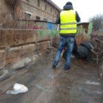 Dnes aktivační pracovníci upratovali medzigarážové priestory na Rampovej:
