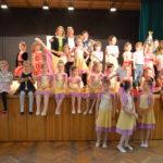 Včera podvečer sa v Radničnej sále MÚ uskutočnil slávnostný galaprogram, kde sme vyhodnotili už 11.ročník celomestskej tanečnej súťaže Tanec nemá hranice. Súťaže sa zúčastnilo viac než 300 tanečníkov a tancovali v 6 súťažných kategóriách. Galaprogram otvoril Danceklub Patrik, ktorý si za svoje umelecky poňaté tanečné vystúpenie zaslúžil aj špeciálnu cenu poroty. Večerom nás sprevádzal Gejza […]