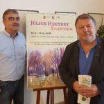 """V uplynulom týždni sa vedenie úradu zúčastnilo otvorenia výstavy """"Július Hegyesy – Silentium"""" na Libeňskom zámku, ktorú v rámci partnerských vzťahov s Prahou 8 zorganizovala MČ v spolupráci s Múzeom Vojtecha Löfflera. Ambíciou výstavy, ktorá potrvá do 16. novembra, je propagácia MČ a mesta Košice prostredníctvom výtvarného umenia."""