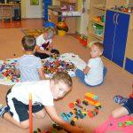 Mestská časť Košice-Staré Mesto na základe vyhlásenia Úradu verejného zdravotníctva SR, oznámenia Ministerstva školstva, vedy, výskumu ašportu SR vzhľadom na pretrvávajúcu priaznivú epidemiologickú situáciu oznamuje rodičom, že od 1. júna sa otvoria všetky materské školy vzriaďovateľskej pôsobnosti MČ Návrat do výchovno-vzdelávacích zariadení detí budedobrovoľný. Žiadame rodičov, aby sa vprípade záujmu obrátili na svoje materské školy. […]